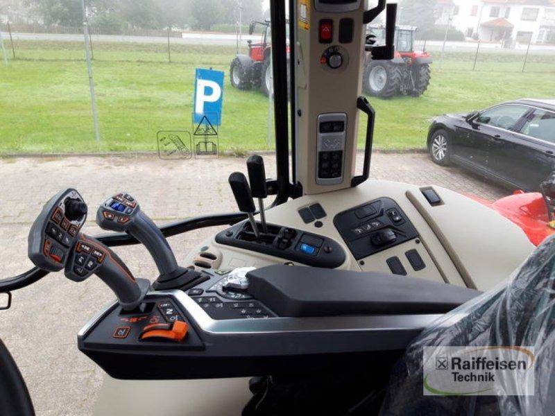 Traktor des Typs Massey Ferguson MF5S 135 D4, Gebrauchtmaschine in Trendelburg (Bild 6)
