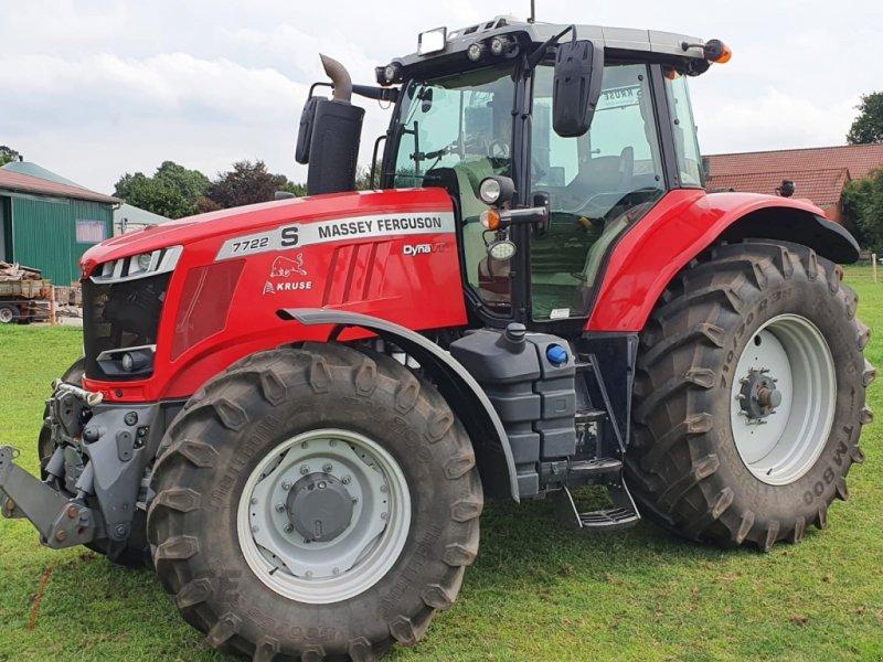 Traktor des Typs Massey Ferguson MF7722 S Dyna-VT Exclusive, Gebrauchtmaschine in Fürstenau (Bild 1)