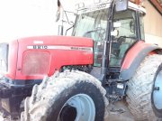 Massey Ferguson MF8210 Traktor