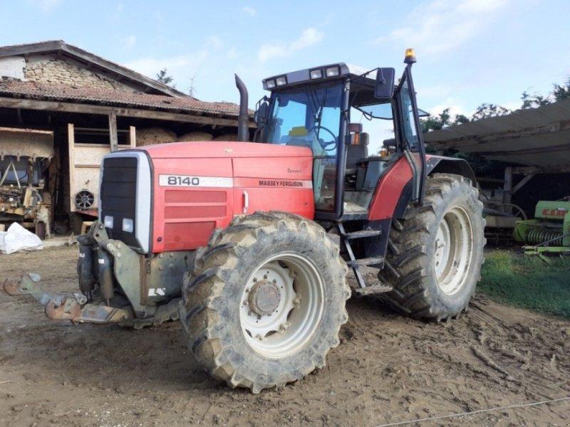 Traktor типа Massey Ferguson Tracteur agricole 8140 Massey Ferguson, Gebrauchtmaschine в roynac (Фотография 1)