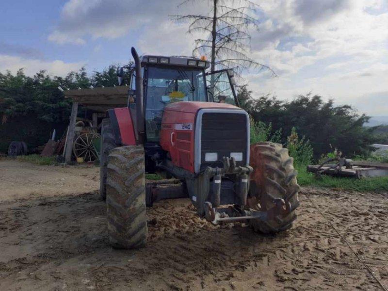 Traktor типа Massey Ferguson Tracteur agricole 8140 Massey Ferguson, Gebrauchtmaschine в roynac (Фотография 2)