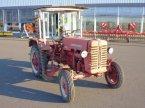 Traktor des Typs McCormick D-219 in Grimma