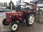 Traktor типа McCormick D432 в Coppenbruegge