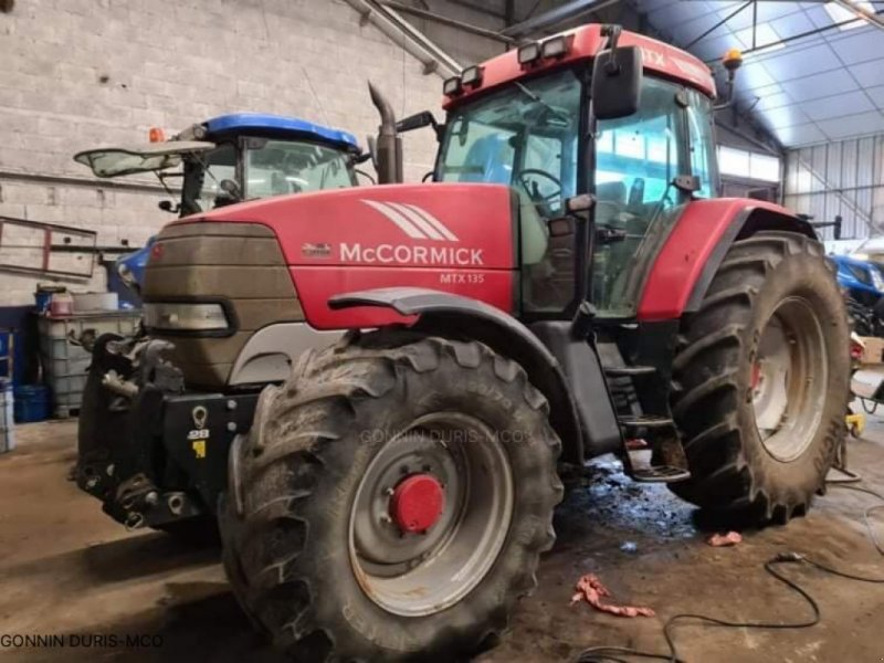 Traktor типа McCormick MTX 135, Gebrauchtmaschine в RIVARENNES (Фотография 1)