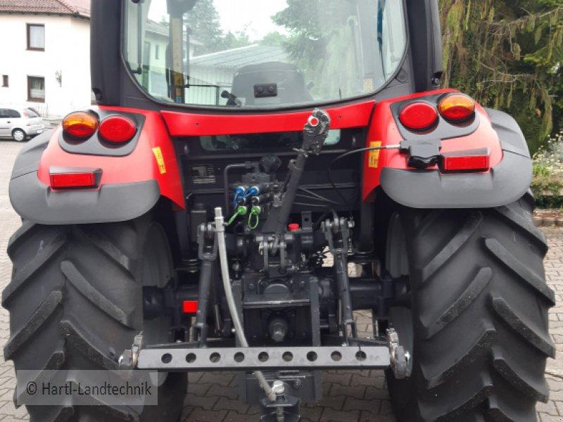 Traktor des Typs McCormick x 4.50, Gebrauchtmaschine in Ortenburg (Bild 2)