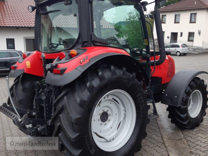 Traktor des Typs McCormick x 4.50, Gebrauchtmaschine in Ortenburg (Bild 5)