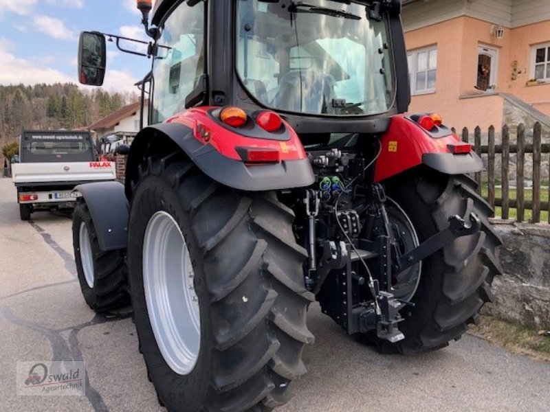 Traktor des Typs McCormick X 5.35, Neumaschine in Iggensbach (Bild 2)
