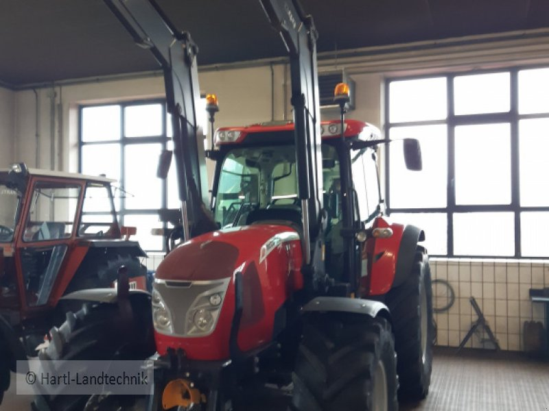 Traktor des Typs McCormick x 6.440, Gebrauchtmaschine in Ortenburg (Bild 1)