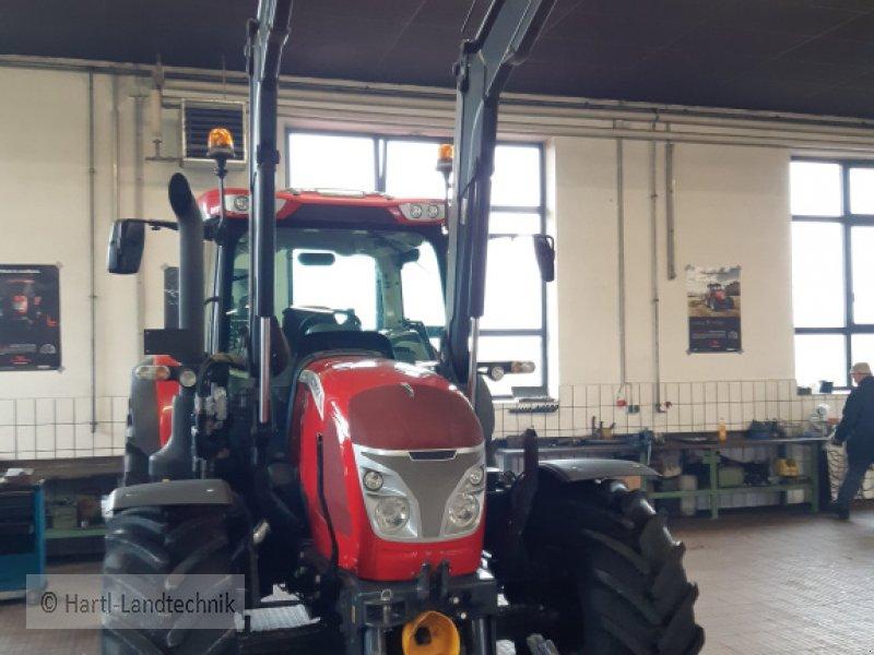 Traktor des Typs McCormick x 6.440, Gebrauchtmaschine in Ortenburg (Bild 3)