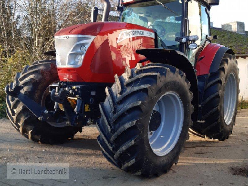 Traktor des Typs McCormick X 7.690, Gebrauchtmaschine in Ortenburg (Bild 1)