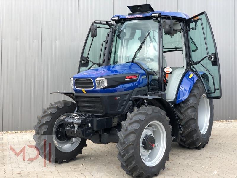 Traktor des Typs MD Landmaschinen FARMTRAC 6075E, Neumaschine in Zeven (Bild 1)