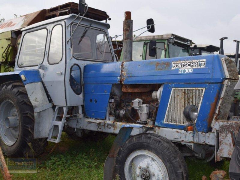 Traktor типа MDW-Fortschritt ZT 300, Gebrauchtmaschine в Bremen (Фотография 1)