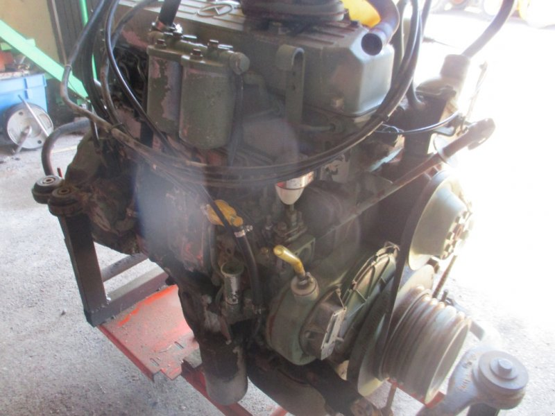 Traktor des Typs Mercedes-Benz Motor OM 366 für Unimog u. MB, Gebrauchtmaschine in Haselbach (Bild 3)