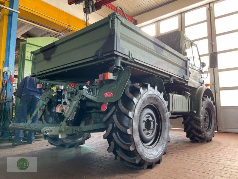 Traktor des Typs Mercedes-Benz Unimog 406 Cabrio Agrar, Ex Bundeswehr, 41 Tkm, Mwst ausweisbar, Gebrauchtmaschine in Hinterschmiding (Bild 1)