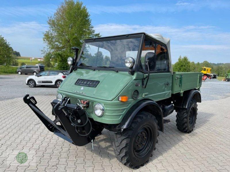 Traktor типа Mercedes Unimog 421 Cabrio, Gebrauchtmaschine в Hinterschmiding (Фотография 1)