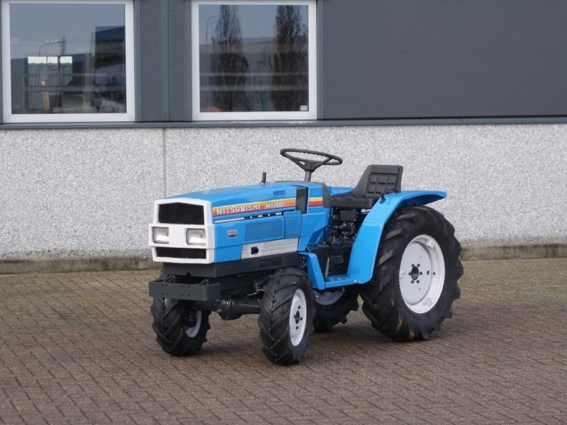 Traktor des Typs Mitsubishi MT1601 4wd / 0751 Draaiuren / Lagenokbanden, Gebrauchtmaschine in Swifterband (Bild 1)
