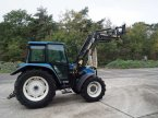 Traktor del tipo New Holland 5635 en Madrid
