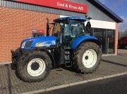 Traktor tip New Holland 6070 med Super Steer foraksel og frontlift, Gebrauchtmaschine in Bredsten