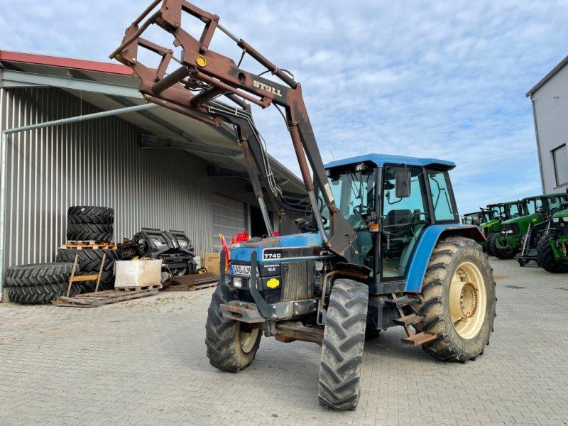 Traktor des Typs New Holland 7740, Gebrauchtmaschine in Burglengenfeld (Bild 1)