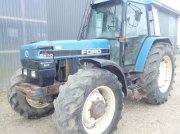 Traktor типа New Holland 8240, Gebrauchtmaschine в Viborg