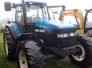 New Holland 8260 Traktor