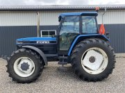 Traktor типа New Holland 8340 SLE Frontlift - 45 km gearkasse, Gebrauchtmaschine в Vejle