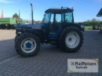 Traktor des Typs New Holland 8340 in Gadebusch