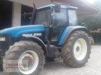 Traktor des Typs New Holland 8360 in Mainburg/Wambach