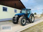 New Holland 8360 Traktor