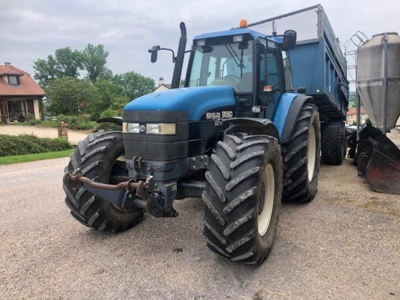 Traktor типа New Holland 8560, Gebrauchtmaschine в Chauvoncourt (Фотография 1)