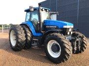 New Holland 8770A Traktor