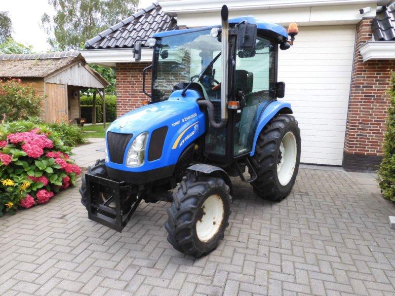 Traktor типа New Holland Boomer 3050 Turbo, Gebrauchtmaschine в IJsselmuiden (Фотография 1)