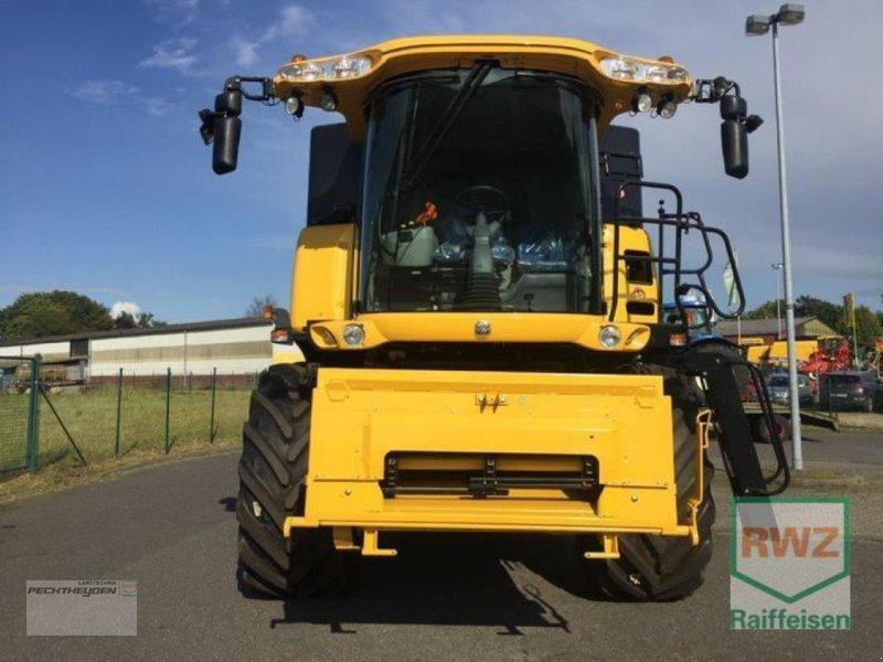 Traktor des Typs New Holland CX 7080 Elevation, Neumaschine in Wegberg (Bild 3)