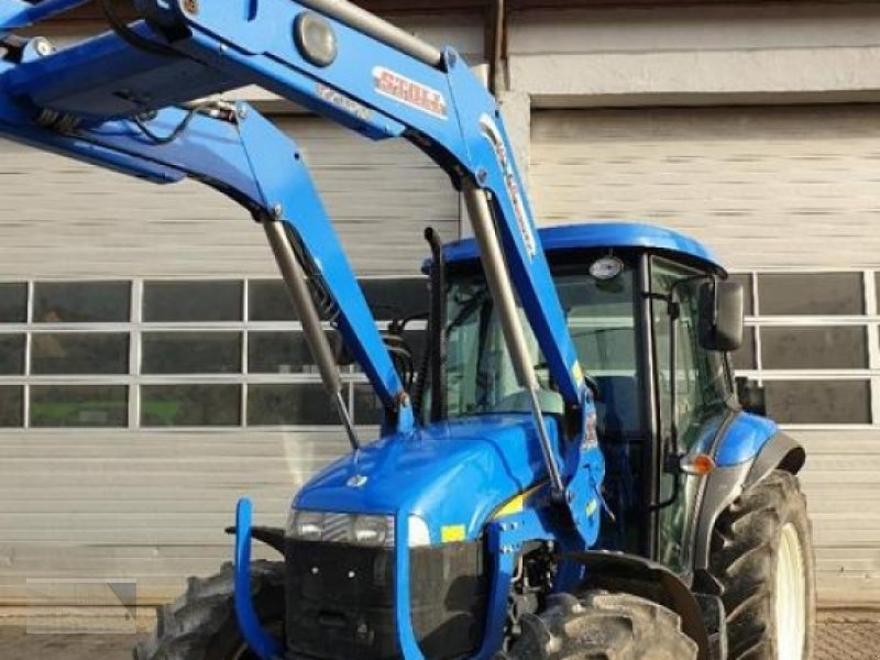 Traktor des Typs New Holland DT 5010, Gebrauchtmaschine in Kleinlangheim (Bild 1)