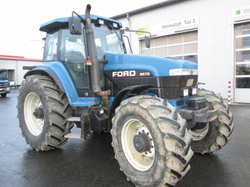 Traktor des Typs New Holland G170 / Ford 8670, Gebrauchtmaschine in Wülfershausen (Bild 2)