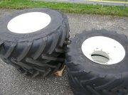 New Holland Kompletträder 710/65-38 und 600/65-28 Traktor
