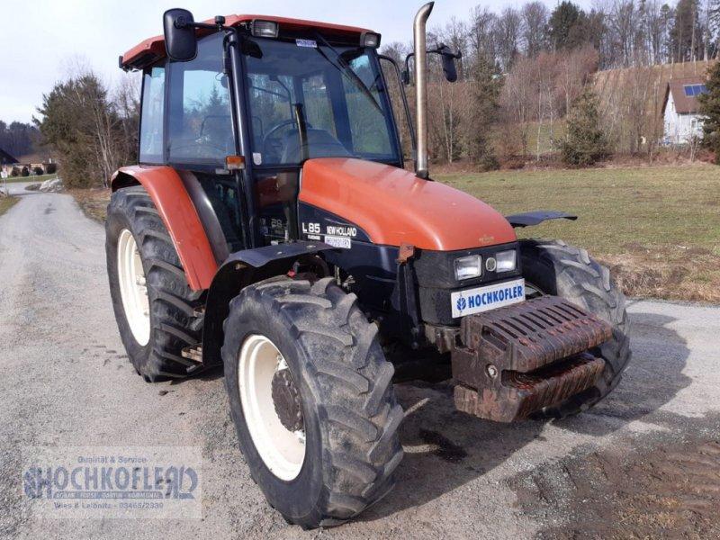 Traktor des Typs New Holland L 85 DT Standard, Gebrauchtmaschine in Wies (Bild 1)