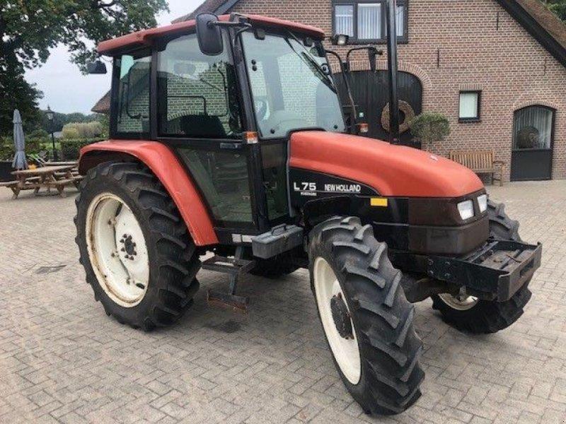 Traktor типа New Holland L75, Gebrauchtmaschine в Lunteren (Фотография 1)