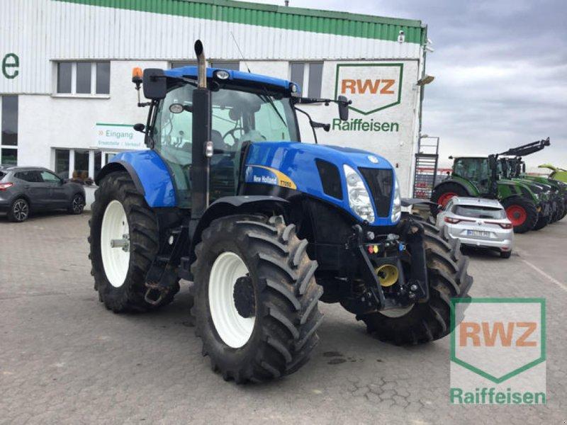 Traktor des Typs New Holland Schlepper T7050, Gebrauchtmaschine in Kruft (Bild 1)
