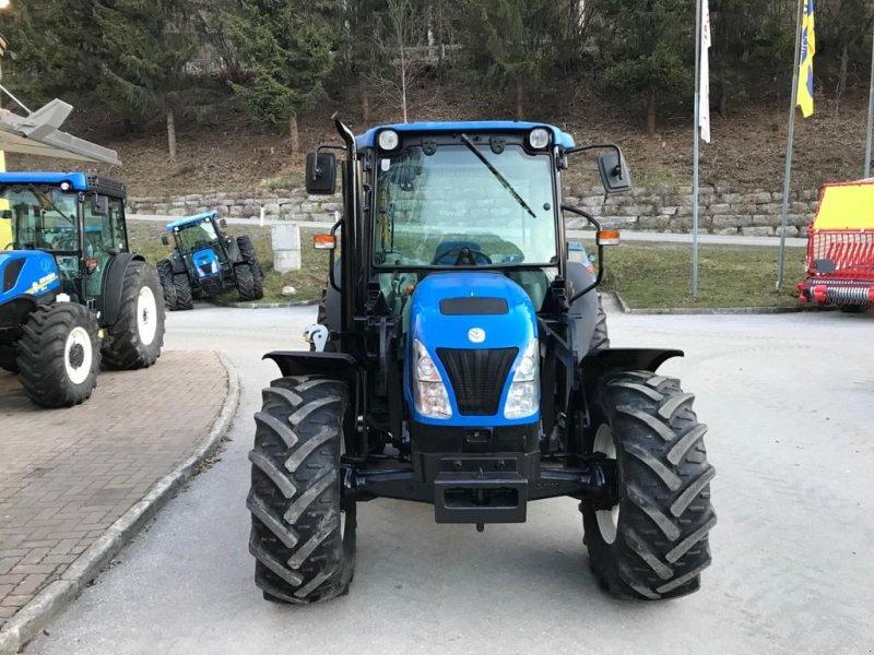 Traktor des Typs New Holland T 4030, Gebrauchtmaschine in Burgkirchen (Bild 1)