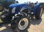 Traktor типа New Holland T 4050, Gebrauchtmaschine в ARLES