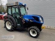 Traktor a típus New Holland T 4.100 V terra, Neumaschine ekkor: Freiburg