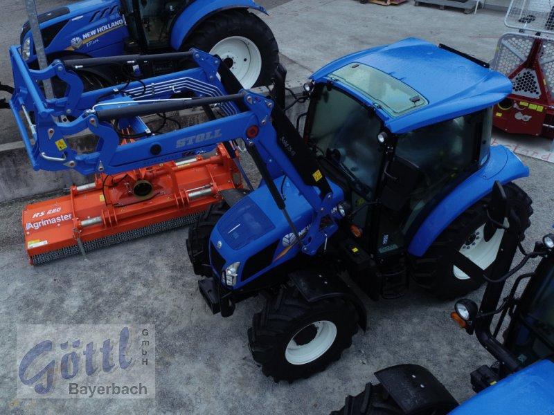Traktor des Typs New Holland T 4.55, Neumaschine in Bayerbach (Bild 3)
