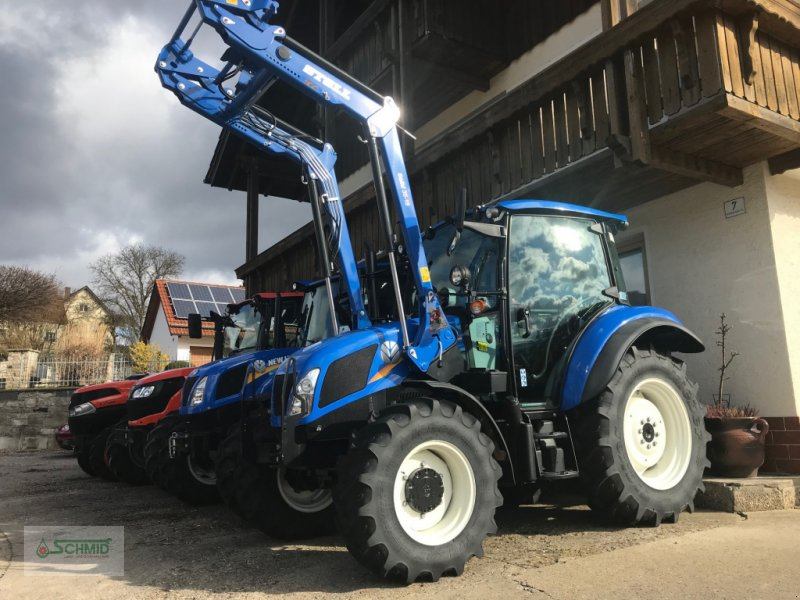 Traktor des Typs New Holland T 4.55, Neumaschine in Nittendorf (Bild 1)