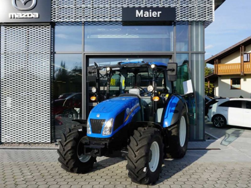 Traktor des Typs New Holland T 4.65, Neumaschine in Rötz (Bild 1)