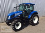 Traktor des Typs New Holland T 4.75 in Pfreimd