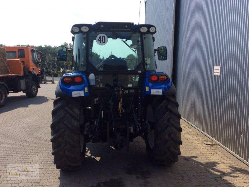 Traktor des Typs New Holland T 4.75, Gebrauchtmaschine in Pfreimd (Bild 4)