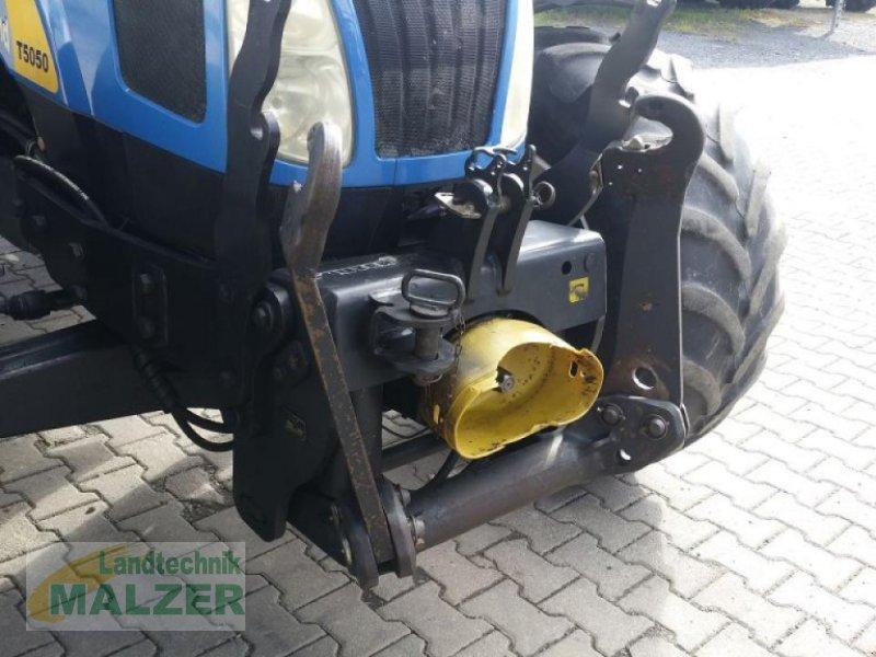Traktor des Typs New Holland T 5050, Gebrauchtmaschine in Mitterteich (Bild 4)