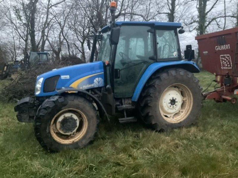 Traktor des Typs New Holland T 5050, Gebrauchtmaschine in Montauban (Bild 1)