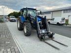 Traktor des Typs New Holland T 5060 in Gießen